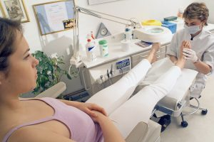 accountants for podiatrists - feet being examined